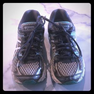 Women s size 6 ASICS gel flux running shoes 9c3467e2af7d4